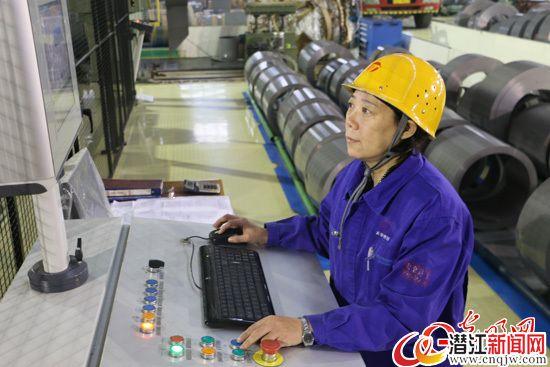 【中国梦•大国工匠篇】金牌工人戚红和她的15人切铁组